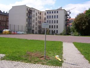 Hinweisschild-hvb-immobilien-leipzig