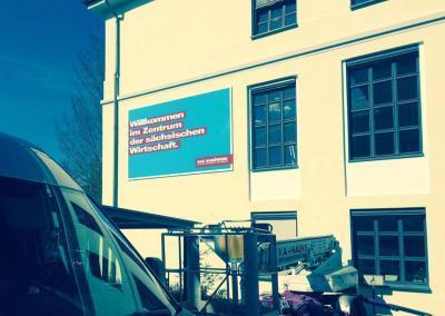 485-Aussenwerbung-Firmenschild-Handwerkskammer-Dresden-Montage
