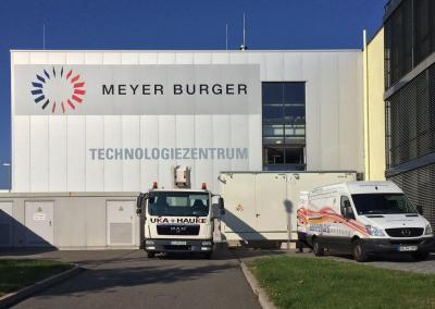503-Meyer-Burger-Fassadenschild-Fassadenbeschriftung