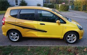 593-Carwrapping-Autofolie-Gelb