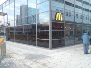 213-Mc Donalds-Toenungsfolie Dresden