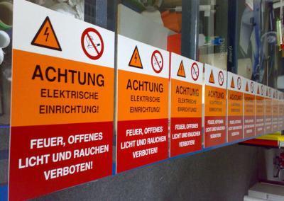 231-Aufkleber Hinweisschilder Dresden