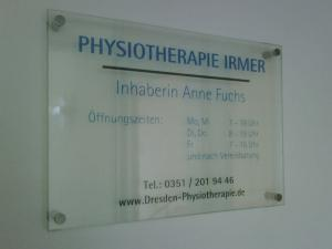 241-Physiotherapie-Schild