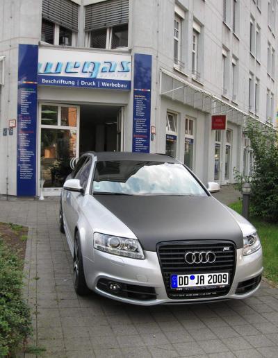 260-Audi-Carbonfolie Vollflaeche
