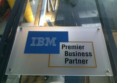 342-IBM-Acryl Tafel