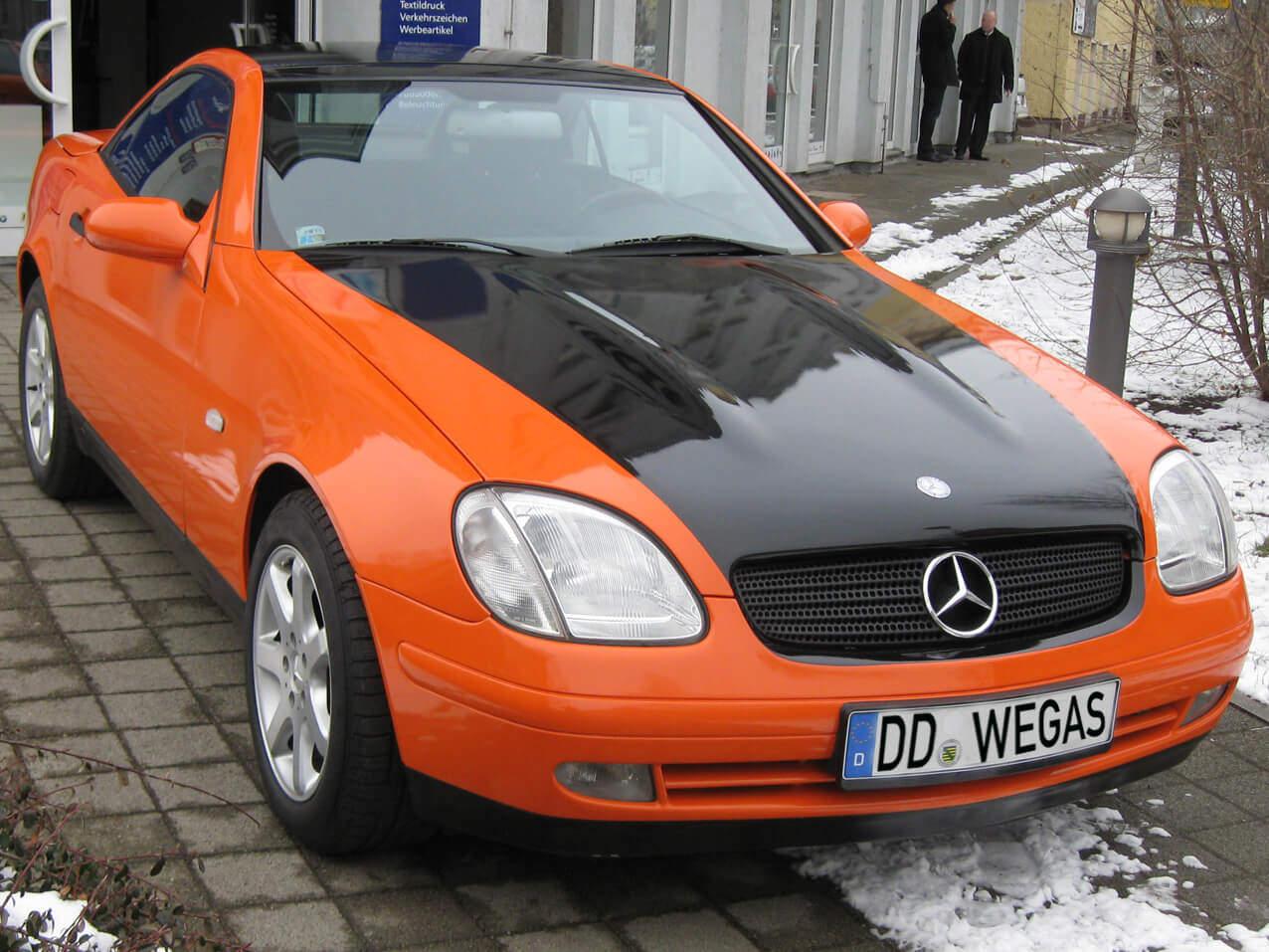 378_1-D-Folie-Mercedes-Benz Fahrzeug Verklebung Folierung Carwrapping Folie