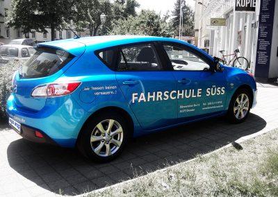 411-Fahrschule Suess-Autobeschriftung