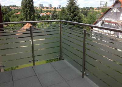 475-Sichtschutzfolierung Streifen Dekor Balkon Dresden