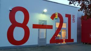 484-Fassadenbeschriftung Wandtattoo Aussenbeschriftung Aslan CF 128