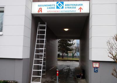 491-Leuchtkasten-bedrucken-Aerztehaus-Apotheke Altseidnitz-Dresden-druck-bedrucken