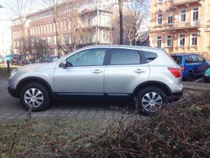 591-Autoscheibenfolie-Toenungsfolie-Hitzeschutz-Schwarz-Mittel