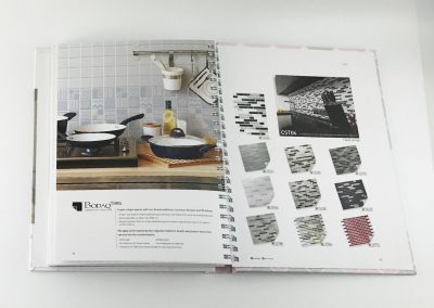 Musterbuch-Cover-X-Film-Designfolie-Moebelfolie-Fliesen-Mosaik-Klebefolie-Kueche-Bad