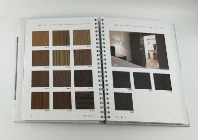 Musterbuch-Cover-X-Film-Designfolie-Moebelfolie-Holzfolie-Wohnung-Ladeneinrichtung