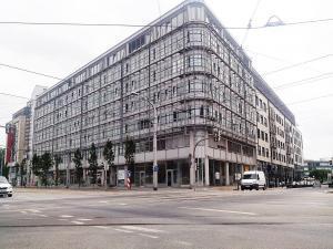 1001_Sonnenschutz Silber Hell Dresden