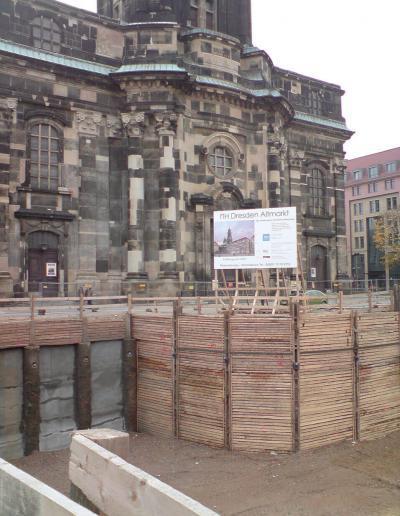 392-Hotel Altmarkt-Bauschild Dresden
