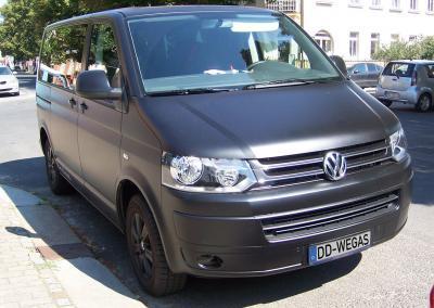 425-Car-Wrapping-Schwarz-Matt