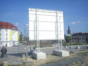 467_Bauschild TLG Postplatz Dresden