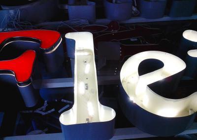 503_LED Buchstaben Erneuerung Fleischerei