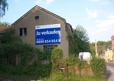 514_Bauschild TLG Dresden Freital Tharanter Strasse