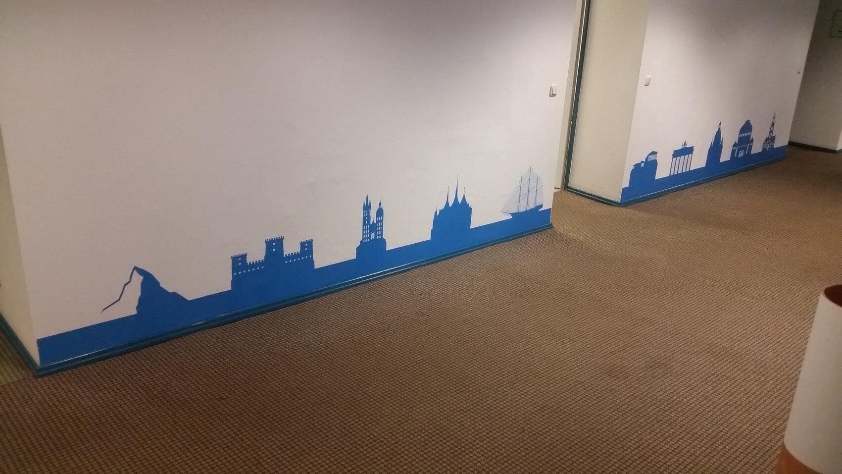 576 Wandtattoo Grafik Wand Geplottet