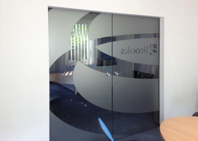 476_Sichtschutz-Dekor-Büro