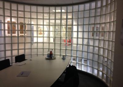 484-Silhoutte-Dresden-Sichtschutz-Glaspavillon