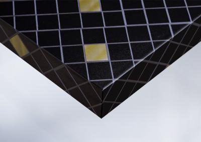 Z5-Moebelfolie-Dekorfolie-Unifarbe-color-matt-Mosaik-schwarz-und-gold-Designfolie