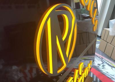 549-LED-Leuchtkasten-Logo-Licht Seite