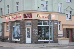 558-LED-Buchstaben Fassade Friseur