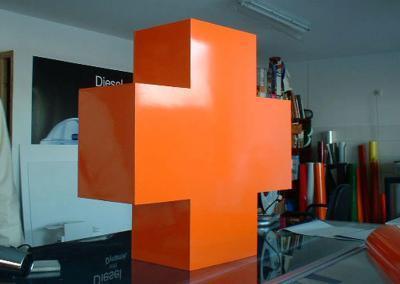 599-3D-Kreuz-Plus-Dekoration-Wohnung-Buero-Firma-Industrie