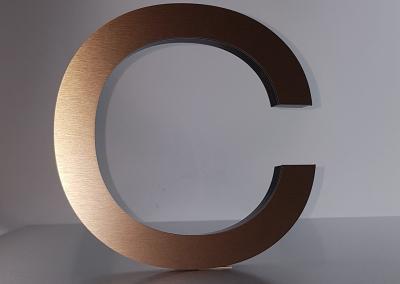 601-Einzelbuchstabe-Kupfer