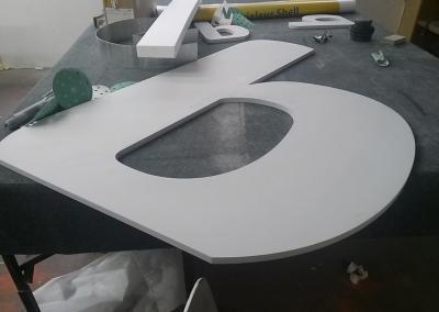603-Einzelbuchstabe-PVC-Hinten