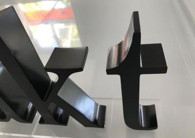 603-Einzelbuchstaben-akt-lackiert Werbeagentur Werbetechnik Wegaswerbung Dresden