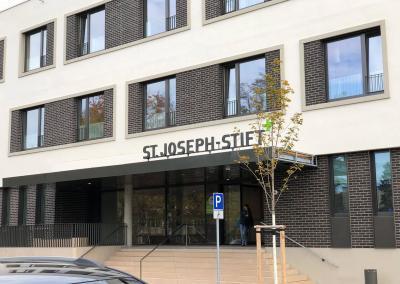 604-3d-Buchstaben-Profil1-St-Joseph-Stift
