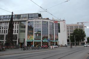 607-Leuchtreklame-Postplatz-Dresden-Wegaswerbung