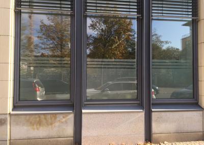 608-Glasdekorfolie-Streifen-Sichtschutzfolie