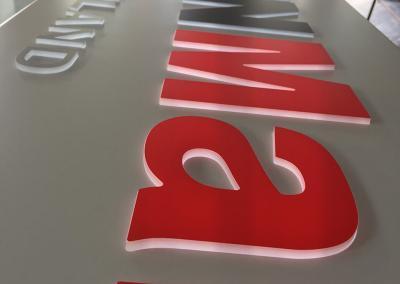 608-Leuchtkasten-dekupiert-Leuchtbuchstaben