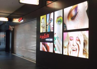 610-Leuchtwerbung-Einkaufscenter