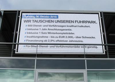 473-BMW-Werbeplane-Wechselrahmen-Drag-Drop-Rahmen