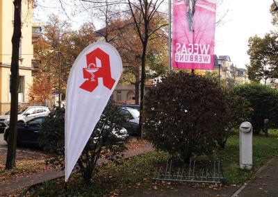 607-Baechflag-Apotheke-Werbemittel