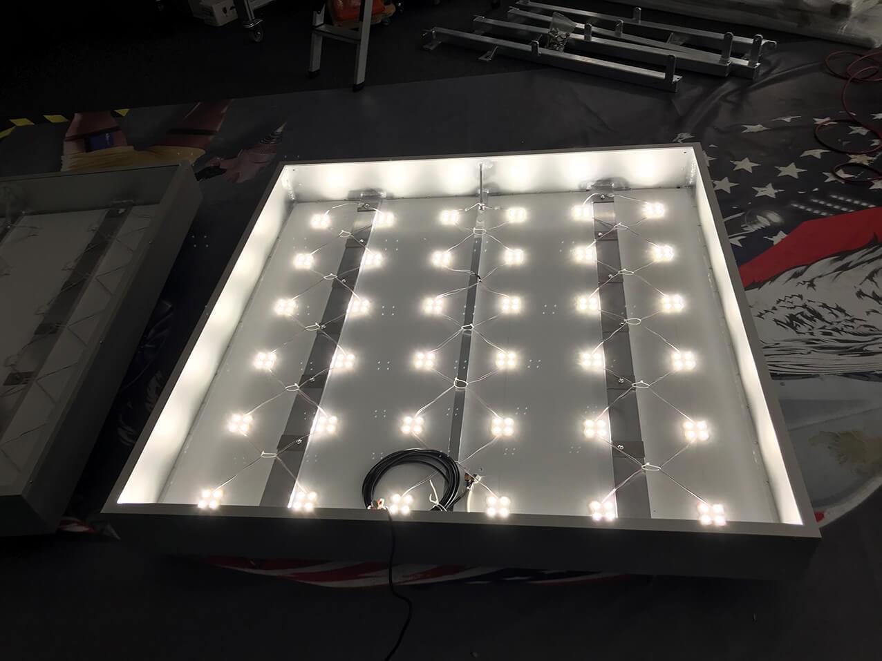 leuchtkasten leuchtreklame leuchtwerbung wegaswerbung. Black Bedroom Furniture Sets. Home Design Ideas