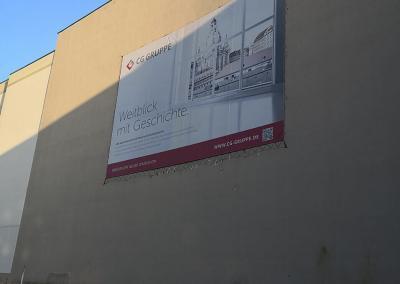 621-Montage-Fassadenbeschriftung-Plane-Seiltechnik