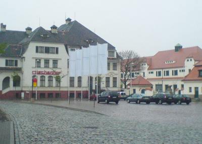 623-Fahnen-Druck-Masten-Dresden
