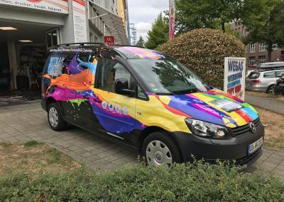 600-VW-Caddy-Wegaswerbung-Teilfolierung