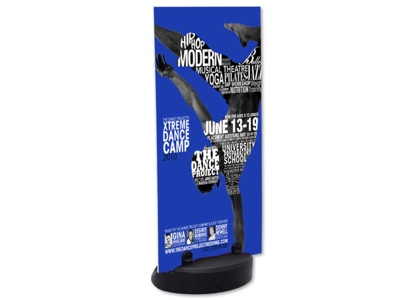 Fuss-Aufsteller-Display-150-Plattenhalter-im-Shop