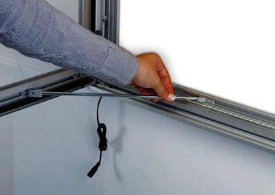 530-LED-Schaukasten-Infokasten-Leuchtrahmen-Plakatrahmen
