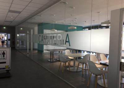 617-Glasdekor-Streifen-Sichtschutz-Cafeteria-Cafe