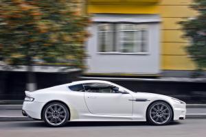 620-Autofolie-Carwrapping-folieren-Aston-Martin