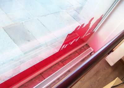 624-Fensterbeschriftung-transparente-Farbfolie-Seniorenheim