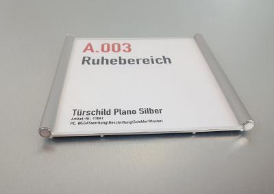 628-Tuerschild-Plano-Silber-eloxiert